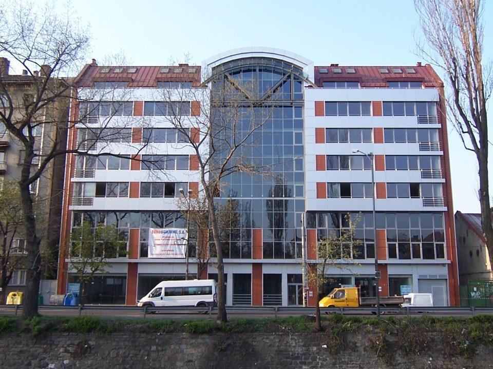 "Жилищна сграда с магазини, офиси на ""Евробилдинг"" – бул.""Сливница"", София"